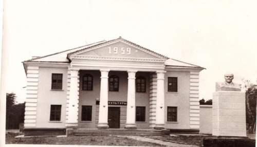 http://cbstupino.ru/images/sait/f14/history/h1.jpg